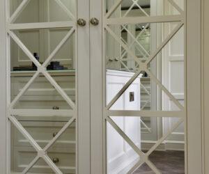 Mirrored-wardrobe-doors