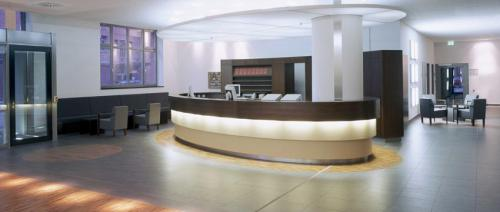 bespoke-Hotel-Lobby