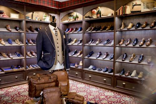 Luxury Clothing Shop for Men
